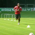 Neuzugang Anthony Ujah (aus Mainz ausgeliehen) deutete seine Qualitäten im Training bereits an